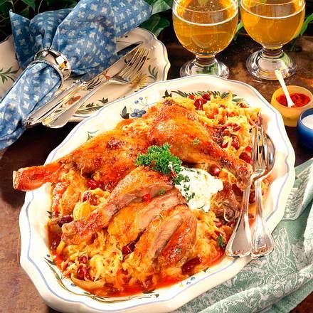 Entenkeulen auf Sauerkraut mit Kidney-Bohnen Rezept