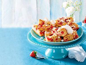 Erdbeer-Baiser-Kuchen vom Blech Rezept