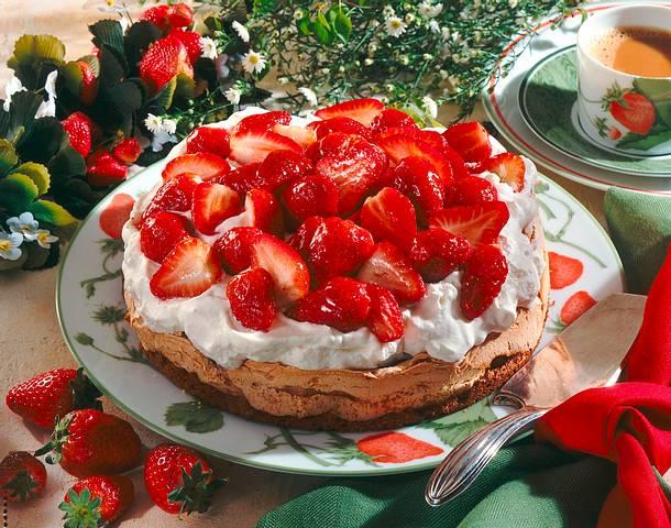Erdbeer-Baiser-Torte Rezept