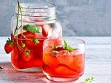 Erdbeer-Basilikum-Eistee Rezept
