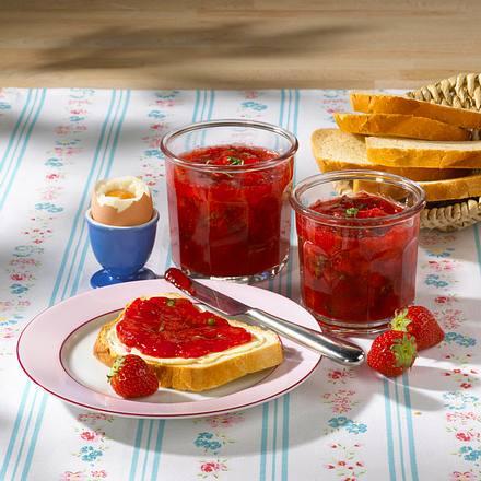 Erdbeer-Basilikum-Konfitüre Rezept