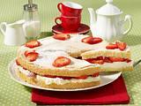 Erdbeer-Biskuitkuchen Rezept
