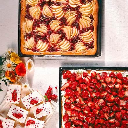 Erdbeer-Biskuitkuchen vom Blech Rezept