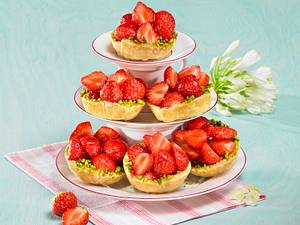 Erdbeer-Blätterteig-Körbchen Rezept