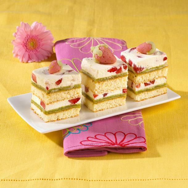 Erdbeer-Eierlikör-Marzipanschnitten Rezept