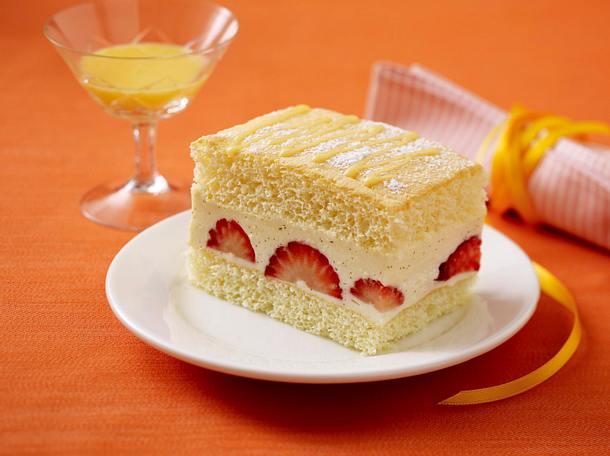Erdbeer-Eierlikör-Schnitten Rezept