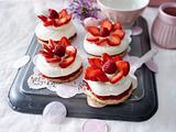 Erdbeer-Heidesand-Törtchen Rezept