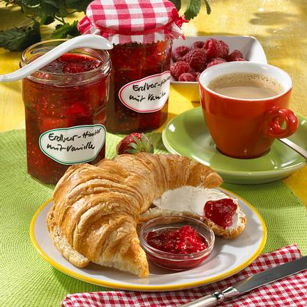 Erdbeer-Himbeer mit Vanille Rezept