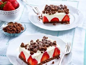 Erdbeer-Holunderblüten-Schnitten Rezept