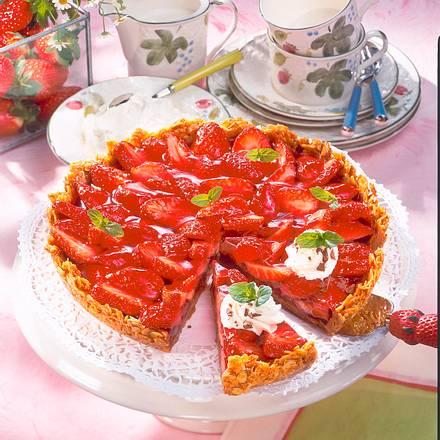 Erdbeer-Krokant-Tarte Rezept