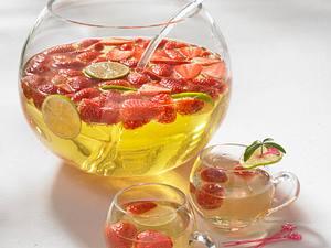 Erdbeer-Mai-Bowle Rezept