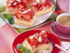 Erdbeer-Mandelkuchen Rezept