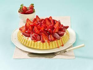 Erdbeer-Marzipan-Boden Rezept