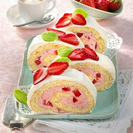 Erdbeer-Marzipan-Rolle Rezept