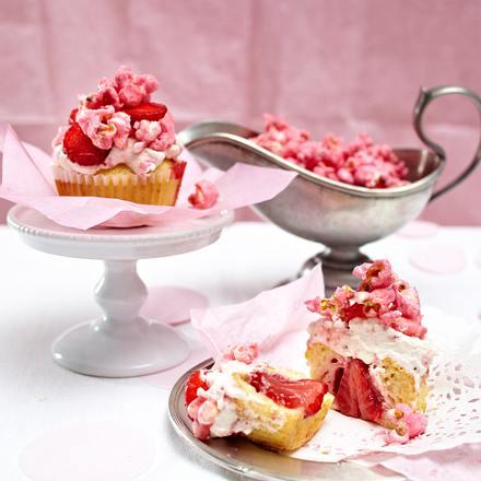 Erdbeer-Muffin mit Popcorn Rezept