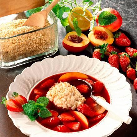 Erdbeer-Nektarinenkaltschale mit Milchreis Rezept