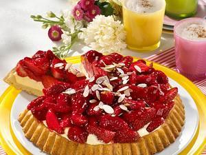 Erdbeer-Obstboden mit Vanillecreme Rezept