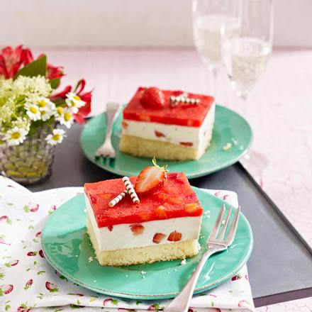 Erdbeer-Prosecco-Schnitten Rezept