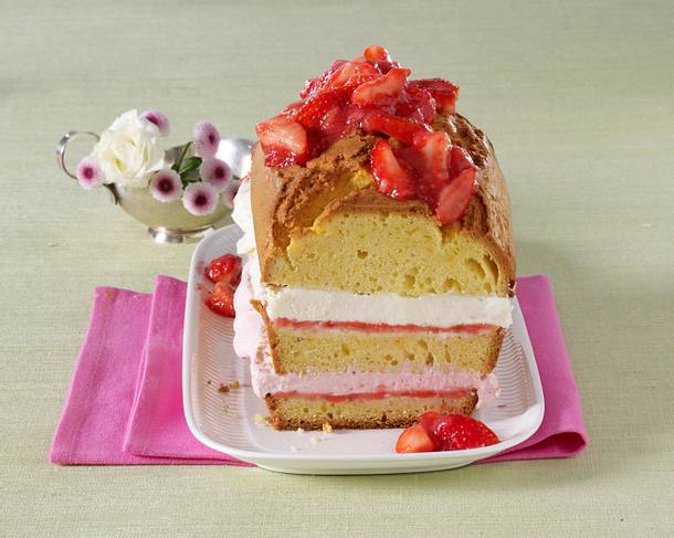 Erdbeer-Sahne-Kastenkuchen Rezept