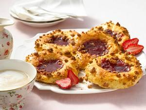 Erdbeer-Streusel-Taler Rezept