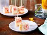 "Erdbeer-Tiramisu-Happen ""Frozen Florett"" Rezept"
