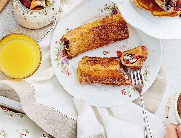 Erdbeer-Toast-Rolls mit Schokokern Rezept