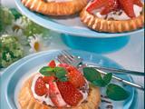 Erdbeer-Törtchen mit Quarksahne Rezept