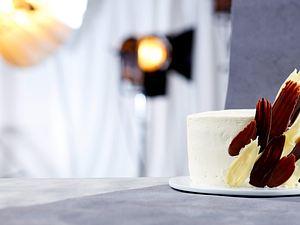 Erdbeer-Torte mit Pinselstrich-Verzierung Rezept