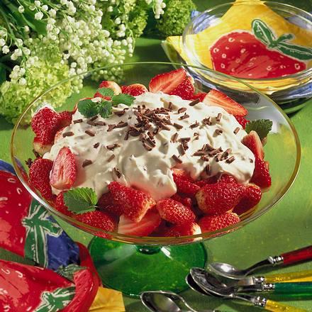 Erdbeeren mit Schoko-Vanillecreme Rezept
