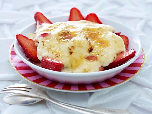 Erdbeeren mit Vanille-Crème-fraîche Rezept