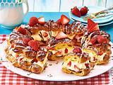 Erdbeerkranz mit Vanillecreme Rezept