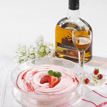 Erdbeerschnee Mansikkalumi Rezept