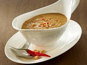 Erdnuss-Soße (für Fingerfood: Satee, Wan Tan oder Gyoza) Rezept