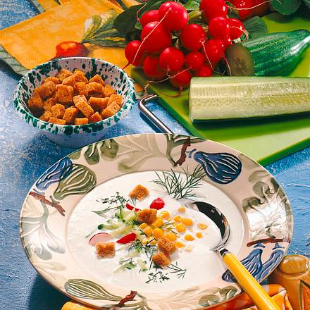 Erfrischende Gurken-Mais-Kaltschale Rezept