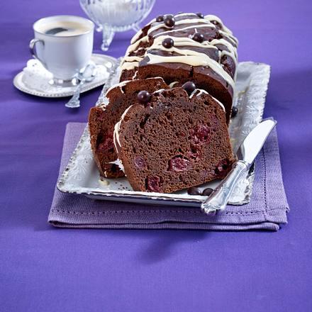 Espresso-Brownie-Kuchen mit Kirschen Rezept