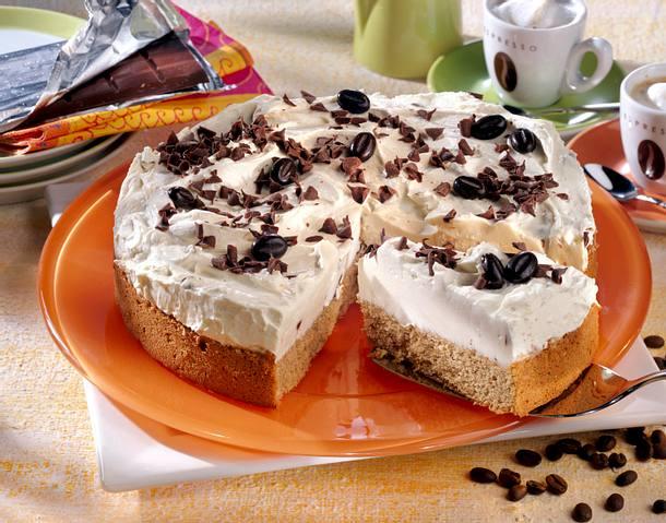 Espressokuchen mit Mascarponecreme, Schokoröllchen und Mokkabohnen Rezept