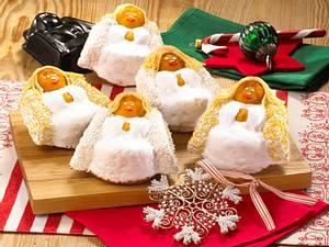 Exotische Weihnachtsengel aus Rührteig Rezept