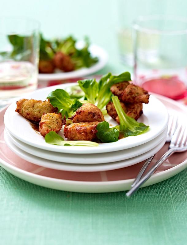 Salat mit Krebsfleischnocken Rezept