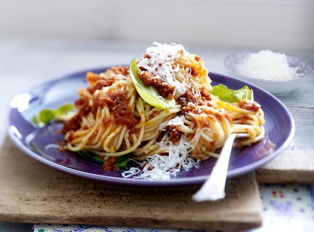 Spaghetti mit Tomatenpesto Rezept