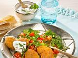 Falafel zu Tomaten-Petersilien-Salat Rezept