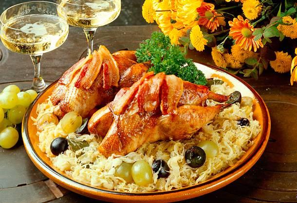 Fasan auf Sauerkraut mit Weintrauben Rezept