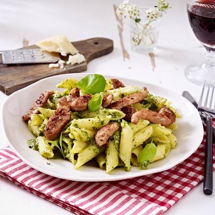 Feierabendpenne mit Pesto und Salsicce Rezept