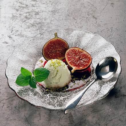 Feige in Portwein mit Pistazieneis Rezept