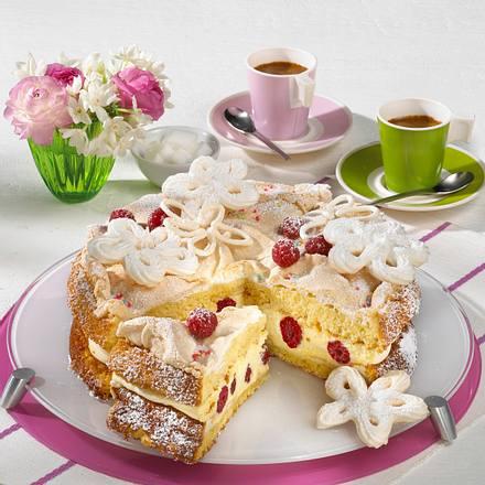 Feine Vanillemousse-Torte mit Himbeeren Rezept