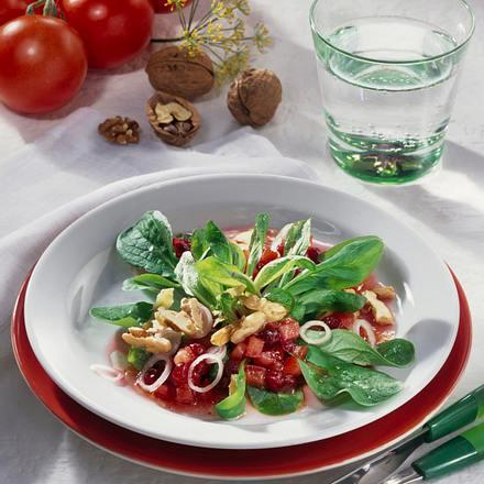 Feldsalat mit Nuss-Vinaigrette Rezept
