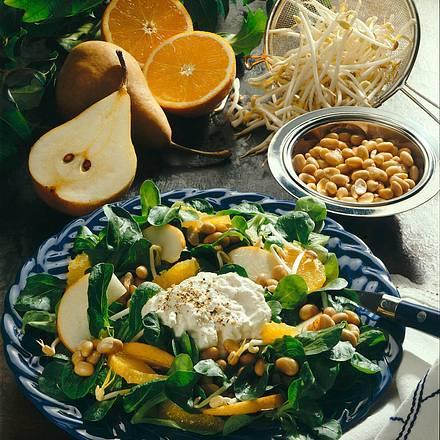 Feldsalat mit Sojabohnen, Orangen und Birnen Rezept