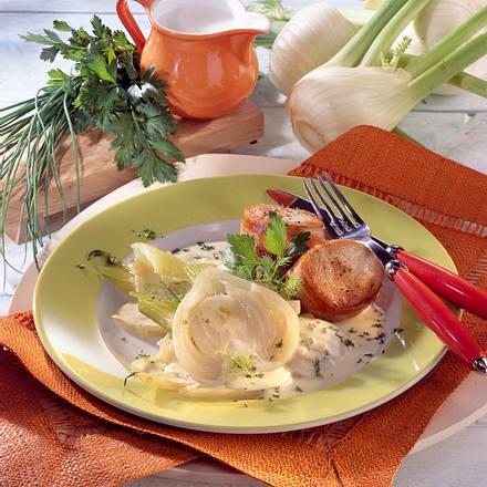 Fenchel in Kräuter-Sahne-Soße mit Putenmedaillons Rezept