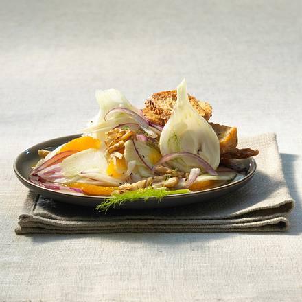 Fenchel-Salat mit Walnüssen Rezept