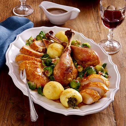 Festtagspute mit Speck-Rosenkohl und Kartoffeln Rezept