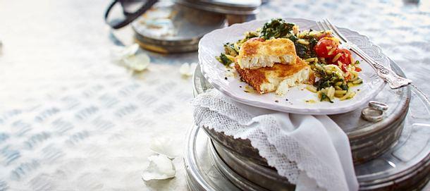 Feta-Schnitzel mit Spinat-Tomaten-Gemüse Rezept
